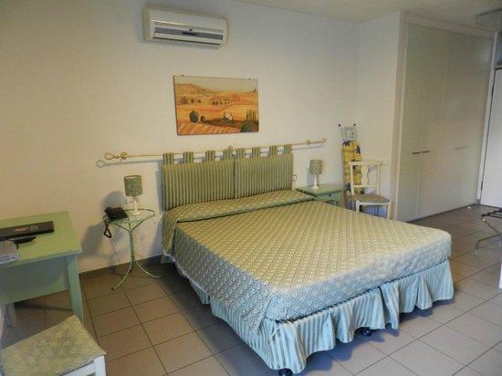 Quadra Key Residence : habitación