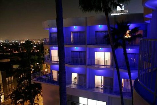 The Standard, Hollywood: Night time is the right time