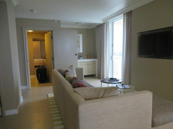 Hyatt Regency Coconut Point Resort and Spa : Living room