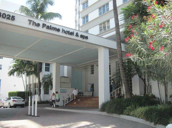 The Palms Hotel & Spa: Eingangsbereich