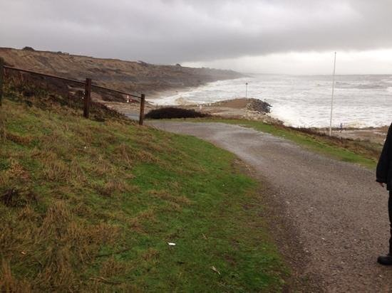 Cliffhanger Cafe: Stormy sea at Highcliffe Beach