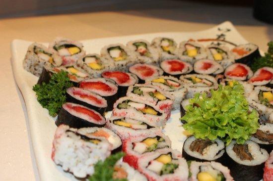 Carretao Classic Grill Ipanema: sushi too!