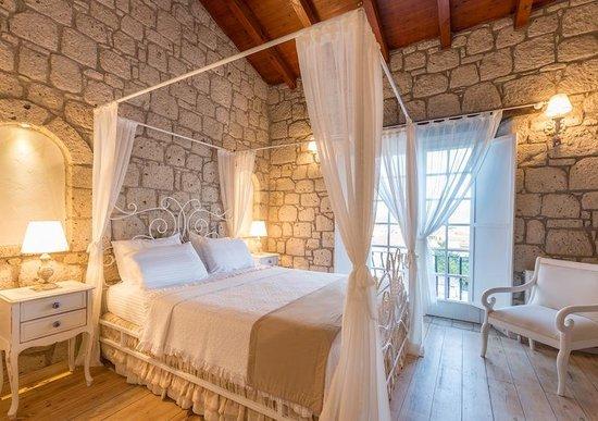 Asmahan Otel: Bedroom