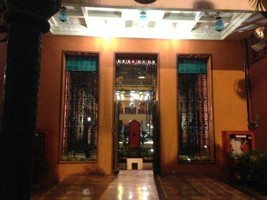 Imm Fusion Sukhumvit : entrance/lobby