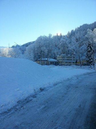 Hotel Bad Serneus: Wunderschön im Schnee