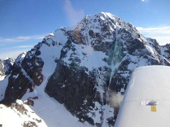 Glenorchy Air: Flight over the mountains