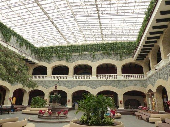 Hard Rock Hotel Riviera Maya : Lobby of Hacienda side