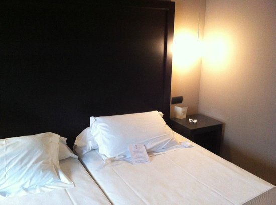 Hotel Fernando III : Camera da Letto