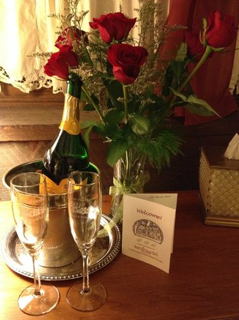 West Hill House B&B: Romance Package
