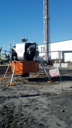 U.S. Space and Rocket Center: moon landing mock-up