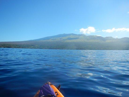 Aloha Kayaks Maui: a beautiful morning over west maui