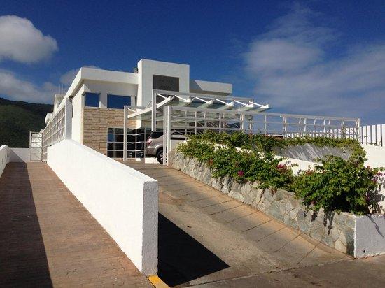 Agua Dorada Beach Hotel by LIDOTEL: Entrada