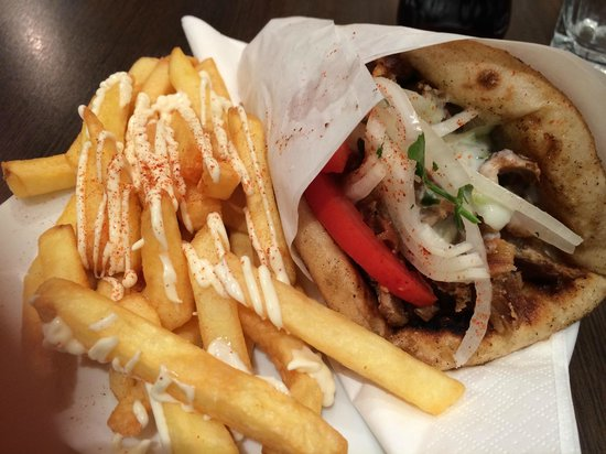 The authentic Greek Souvlaki In Newcastle upon Tyne | 5 Side, Newcastle Upon Tyne NE1 3JE | +44 7597 518953