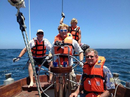 كنيسنا, جنوب أفريقيا: Family takes on the seas and learns to sail!
