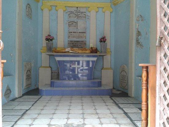 Iglesia de San José: Cripta de la Iglesia de la Merced.