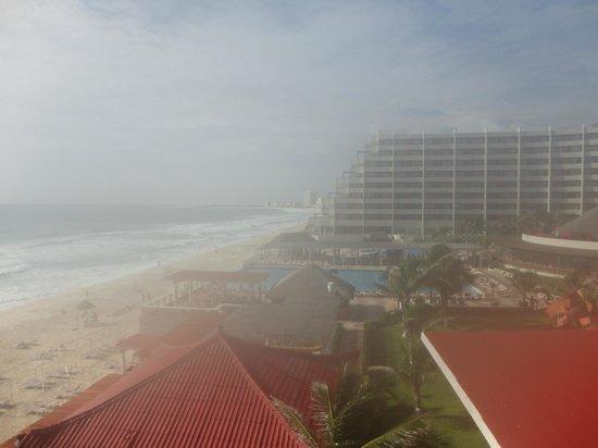 Crown Paradise Club Cancun: Vista