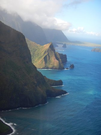 Blue Hawaiian Helicopter Tours - Maui: the cliffs of molokai -- amazing