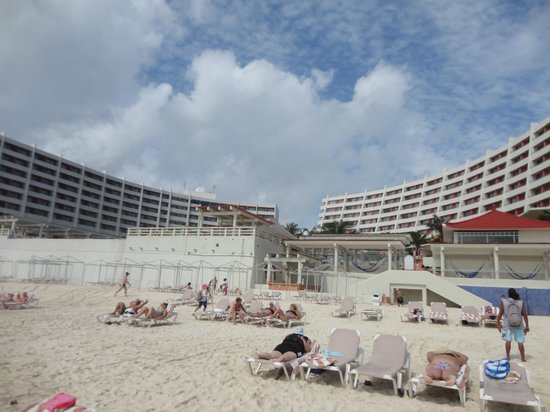 Crown Paradise Club Cancun: Hotel e aréas
