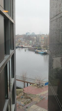 DoubleTree by Hilton Hotel Amsterdam Centraal Station: view from corridor to rooms