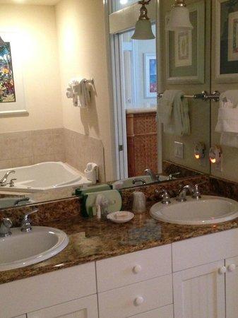 Tortuga Beach Resort : Bathroom