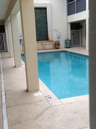 Tortuga Beach Resort: Swimming pool in Garden Apts