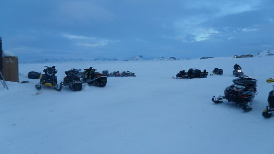 Hotel Laxnes: Snowmobiling