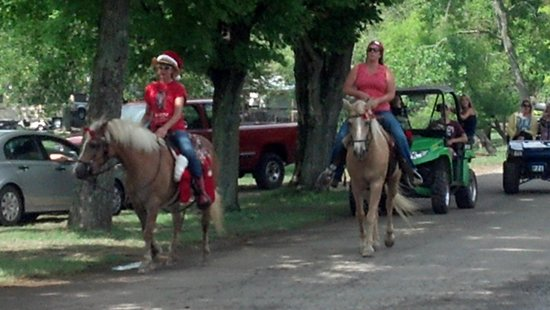clays park resort christmas in july parade