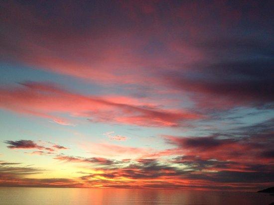 SeaCrest OceanFront Hotel : A California sunset!
