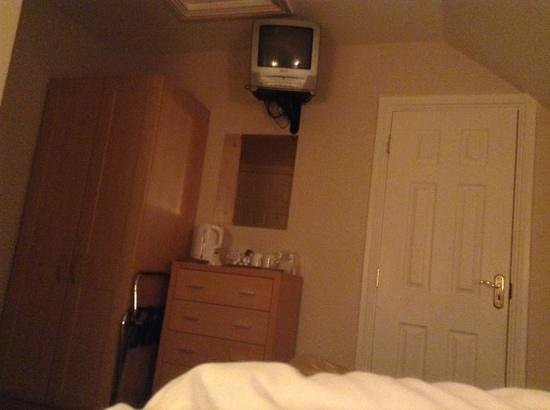 Amber Hill Bed and Breakfast: from my double bed :)