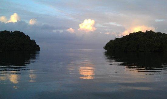 Novotel Suva Lami Bay: Morning over the bay from dining area.