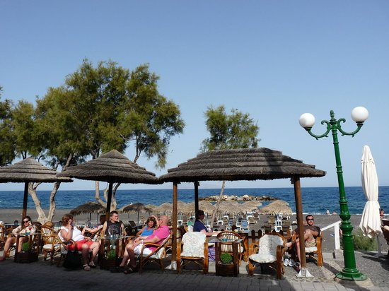 Levante Beach Hotel: La vue depuis le bar