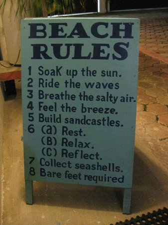 Suites Fenicia: beach rules :-)