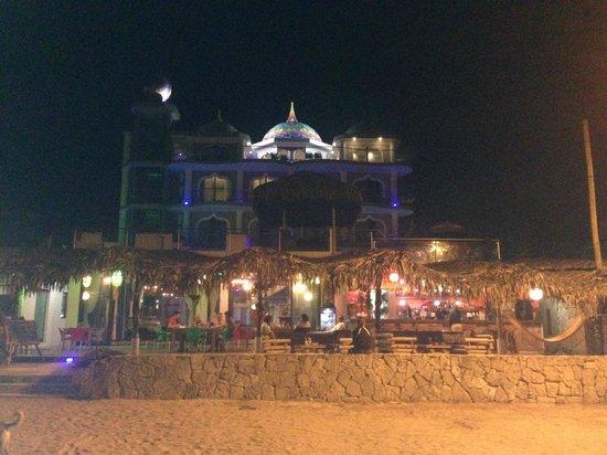 Dharma Beach: Hotel at night