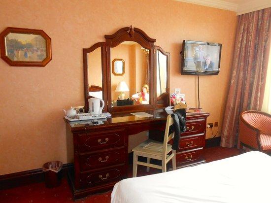 Britannia International Hotel : Room
