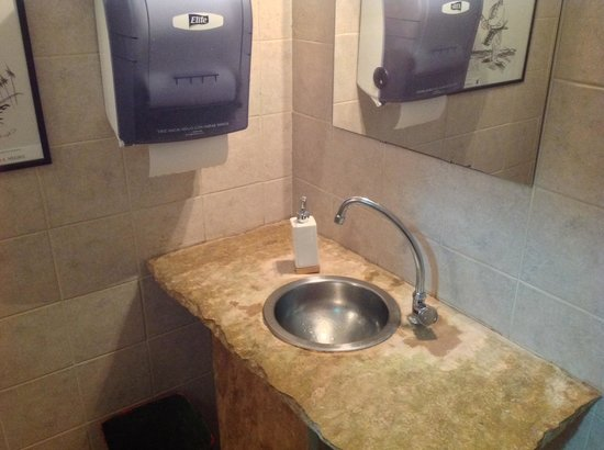 Sarasanegro: Baño