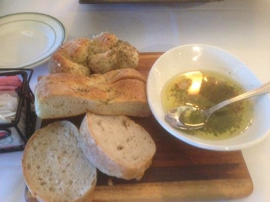 Gennaro's Trattoria: three kinds of fresh baked bread
