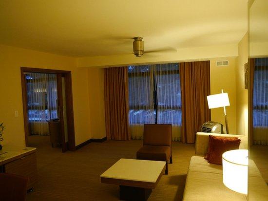 Hyatt Regency Monterey Hotel and Spa on Del Monte Golf Course: Living Room