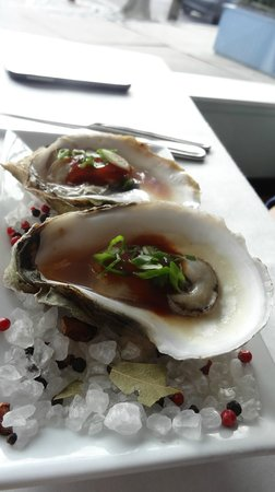 Noah's: barbecued oysters