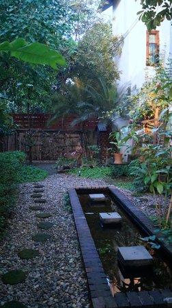 Shewe Wana Boutique Resort and Spa: Gardens