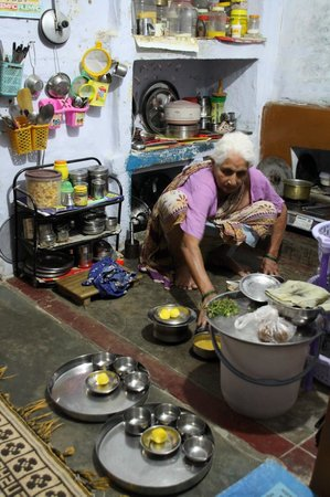 Vyas Meal Service : Cocina