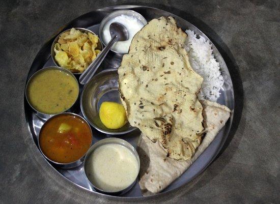 Vyas Meal Service : Thali