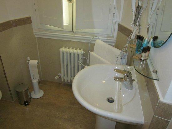 Gourmet B&B Villa Landucci: bathroom