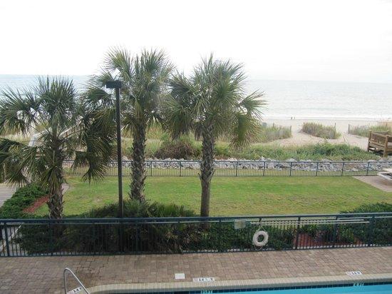 Grand Atlantic Ocean Resort: Fairway grounds at the Man O'War Golf Course