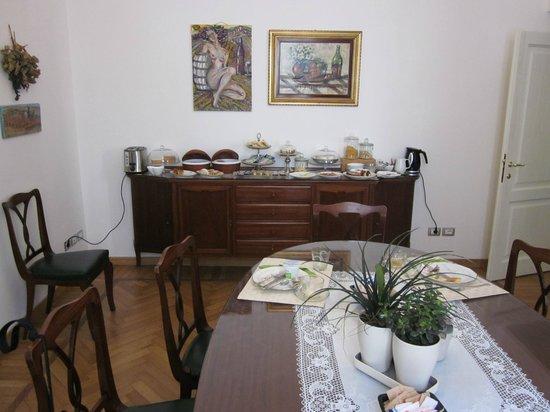 Gourmet B&B Villa Landucci: dining area