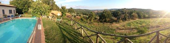 Agriturismo La Meria: Panorama dall'Agriturismo