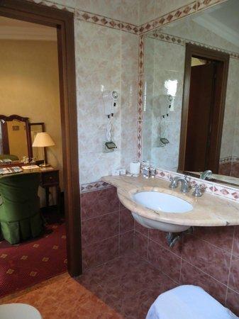 Siviglia Hotel : Baño