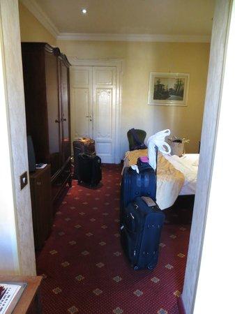 Siviglia Hotel : Cuarto