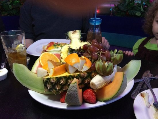 The Peppermill Restaurant & Fireside Lounge: Fruit Platter (included banana bread not in picture)