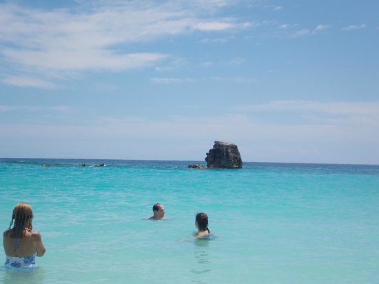 Horseshoe Bay Beach : Picture taken while in the water