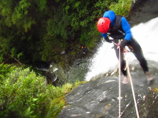 Deep Canyon: Abseil